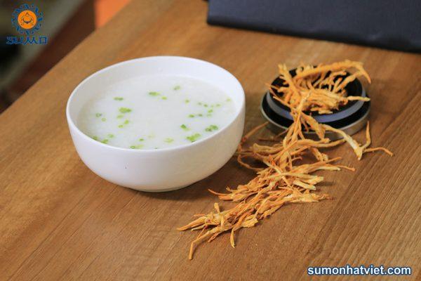 Đông trùng hạ thảo sấy khô