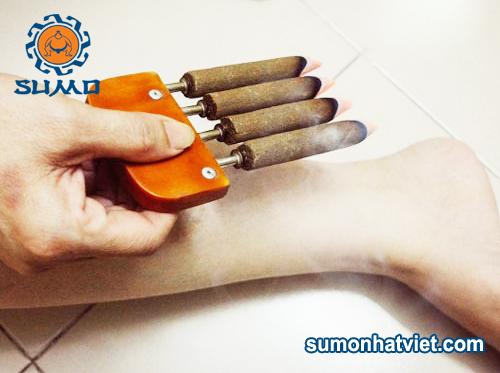 hương ngải cứu chữa đau chân